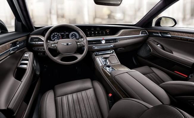 Genesis G90 2019 - interior