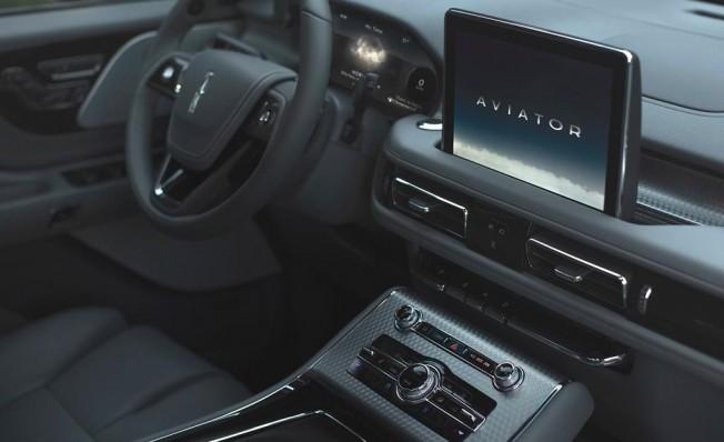Lincoln Aviator 2019 - interior