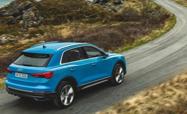 Audi Q3 2019 - posterior