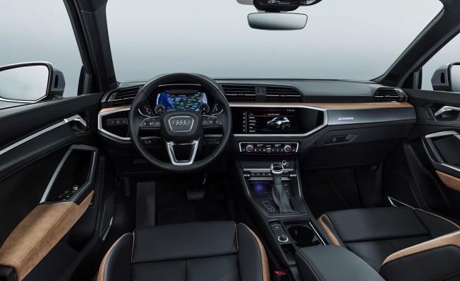 Audi Q3 2019 - interior