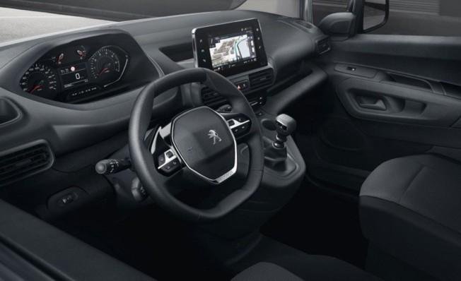 Peugeot Partner 2019 - interior