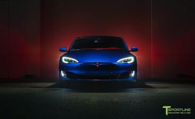 T Sportline Tesla Model S - frontal