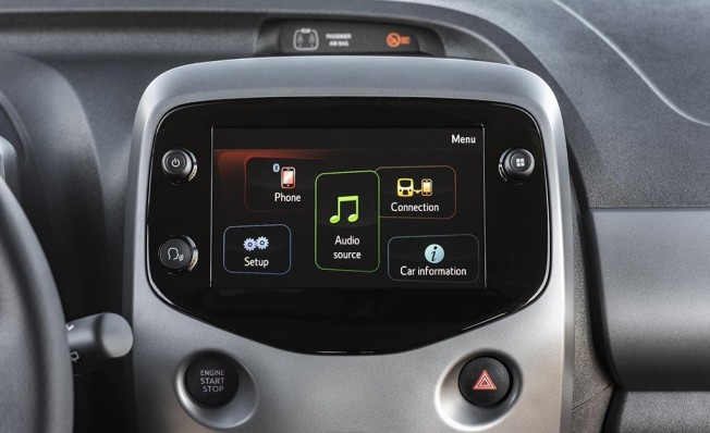 Toyota Aygo x-clusiv - interior