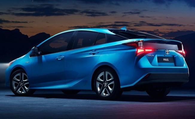Toyota Prius 2019 - posterior