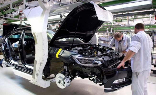 Volkswagen Passat - producción