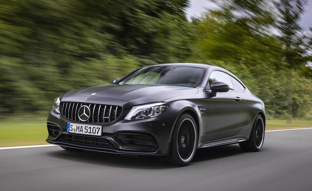 La nueva familia Mercedes-AMG C 63 se completa con las variantes Coupé y Cabrio