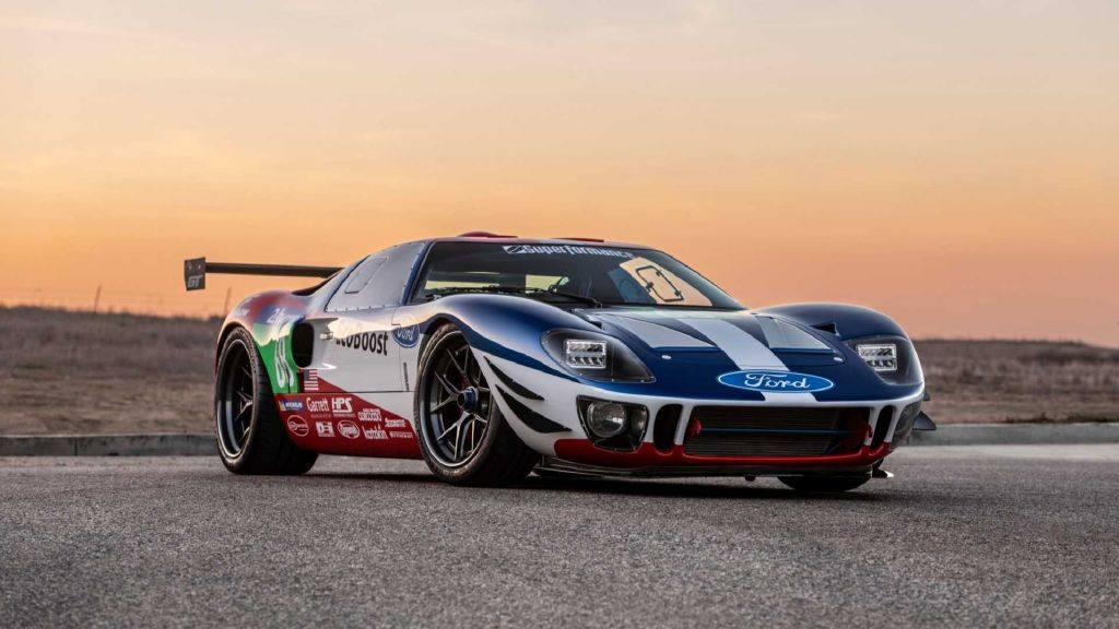Future GT Forty: el primer Ford GT40 V6 twin-turbo de 656 CV