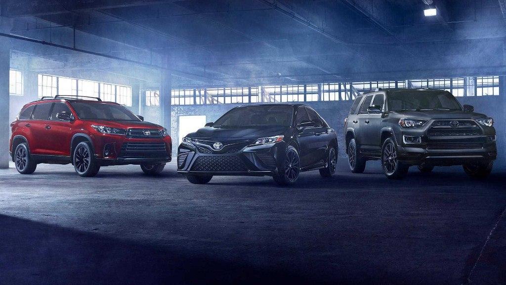 Toyota presenta los nuevos Camry y Highlander Nightshade Edition