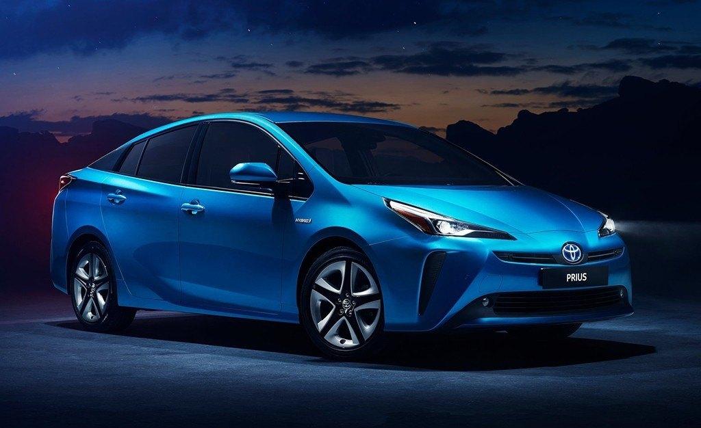 Toyota Prius 2019, nueva imagen y tracción total para el icónico híbrido