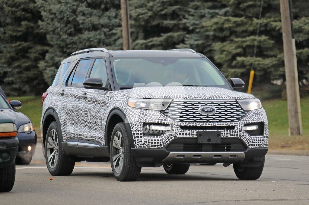 Nuevas fotos espía desvelan al nuevo Ford Explorer Platinum 2020