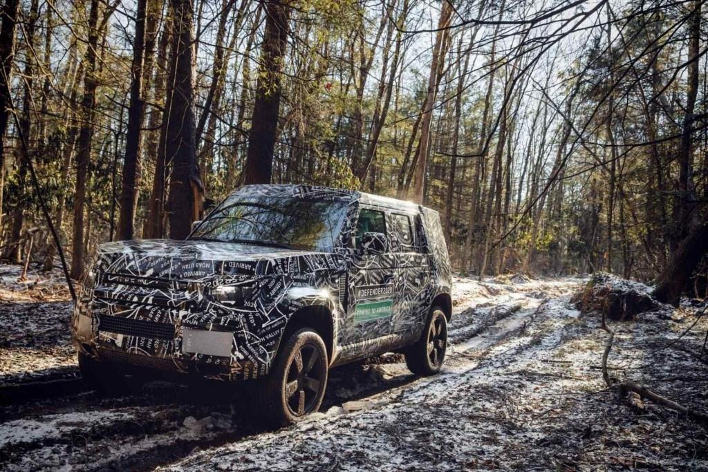 Land Rover demuestra la capacidad off-road del nuevo Defender 2020