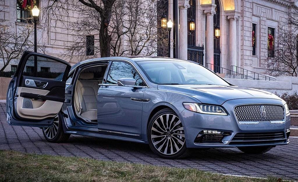 El Lincoln Continental estrena puertas suicidas gracias a una edición limitada