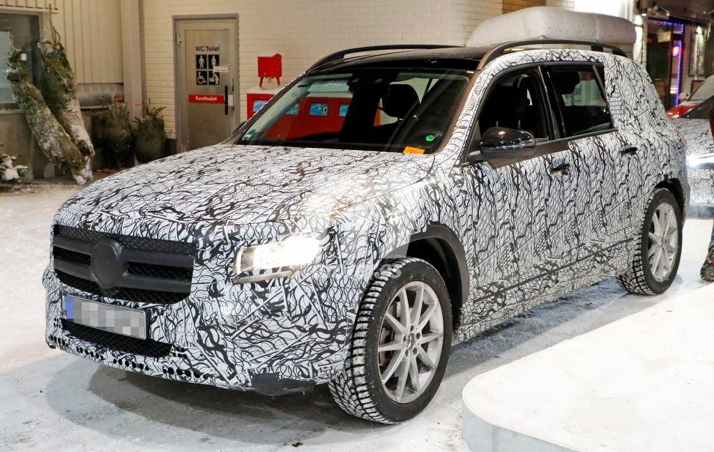 El nuevo Mercedes Clase GLB nos muestra su interior con más detalle