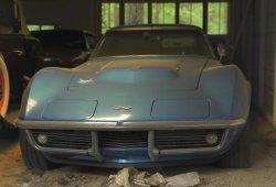 Impresionante colección de clásicos y muscle cars oculta en una granja