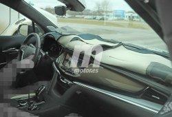 El interior del Cadillac XT6 al descubierto en estas fotos espía