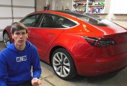 Este propietario detalla los múltiples fallos de su Tesla Model 3 en vídeo