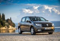 Italia - Noviembre 2018: El Dacia Sandero iguala su récord