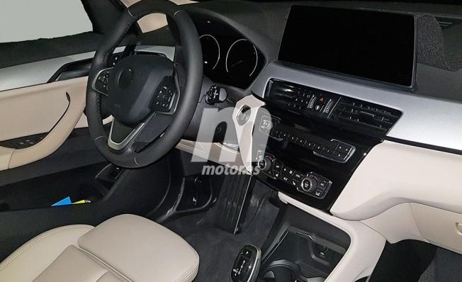 BMW X1 2019 - foto espía interior