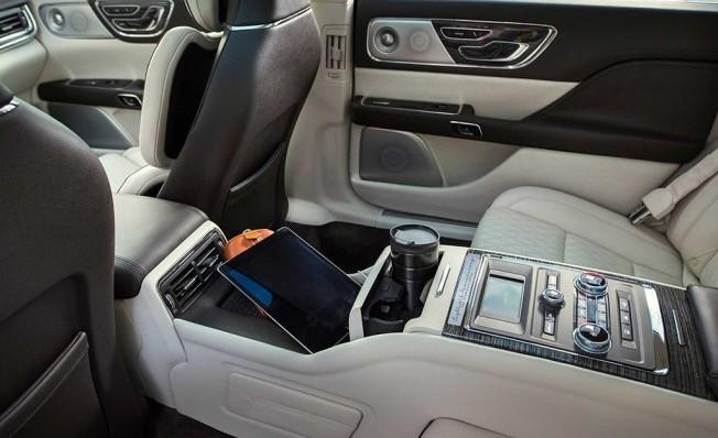 Lincoln Continental 80th Anniversary Coach Door Edition - interior