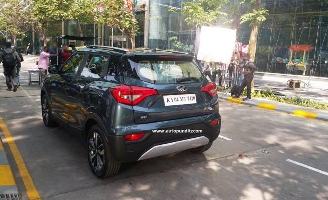 Mahindra XUV300 - foto espía posterior