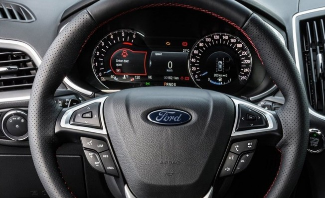 Ford Edge 2019 - interior