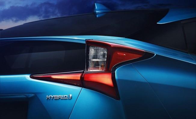 Toyota Prius 2019 - luces traseras