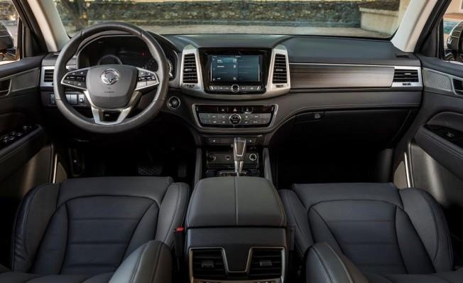 SsangYong Rexton 2019 - interior