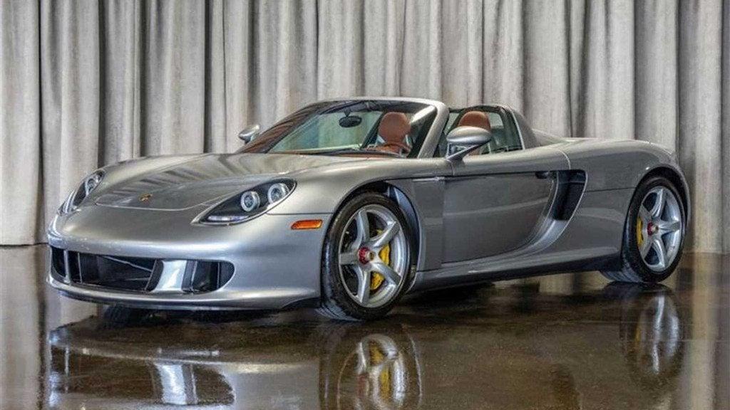 Aparece a la venta un Porsche Carrera GT 2005 a estrenar