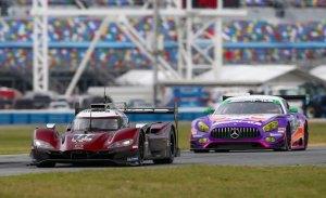 Mazda muestra su poderío con un doblete, el Cadillac de Alonso es 6º
