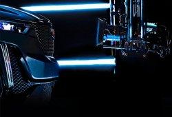 Cadillac adelanta el frontal del nuevo XT6 crossover a modo de teaser