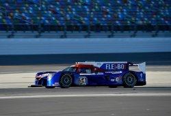 El Nissan #54 se lleva los libres nocturnos de Daytona a los que Alonso no sale