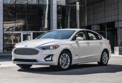 El Ford Fusion sobrevivirá algo más de lo esperado