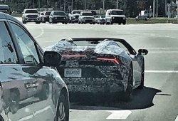 El nuevo Lamborghini Huracán EVO Spyder ya rueda descapotado
