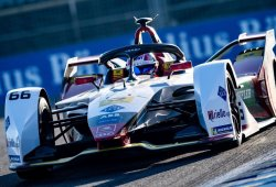Nico Müller manda en el 'rookie test' de la Fórmula E