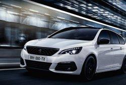 Peugeot ofrece una imagen más deportiva y radical con el paquete Black Pack