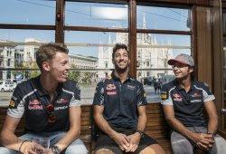 Sainz y Ricciardo: Kvyat merece otra oportunidad en la F1
