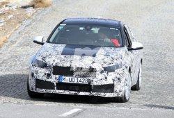¡Sorpresa! Un prototipo del BMW Serie 1 Sedán vuelve a salir en pruebas