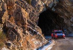 Thierry Neuville saca las uñas en el Rally de Montecarlo