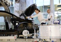 Volkswagen abre la puerta de Dresde a los clientes del e-Golf participando en su producción