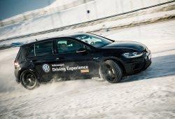 Escuela 4Motion de Volkswagen en Andorra, patinaje sobre hielo y nieve
