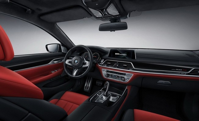 BMW Serie 7 Black Fire Edition - interior