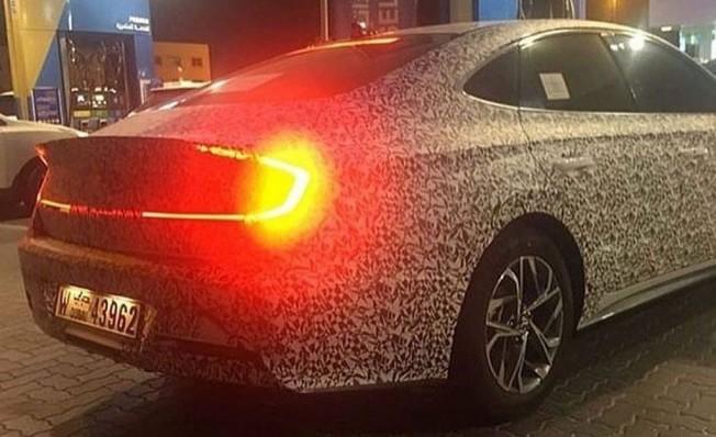 Hyundai Sonata 2020 - foto espía posterior