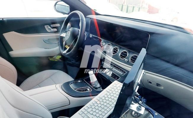 Mercedes Clase E 2020 - foto espía interior