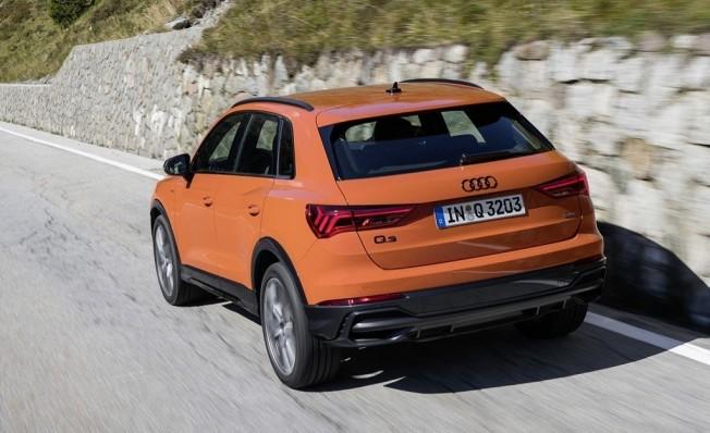 Audi Q3 - posterior