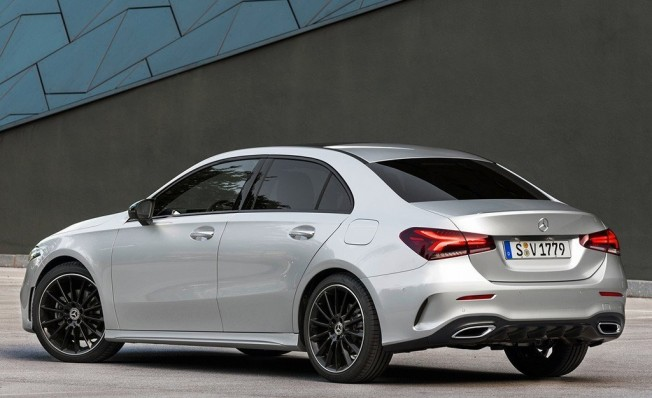 Mercedes Clase A Sedán - posterior
