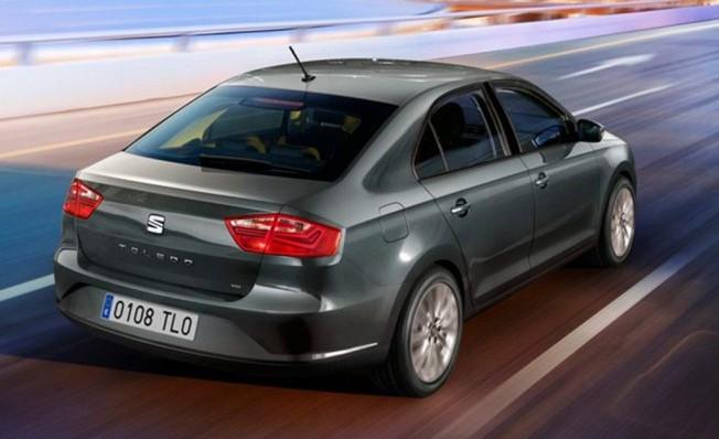 SEAT Toledo - posterior