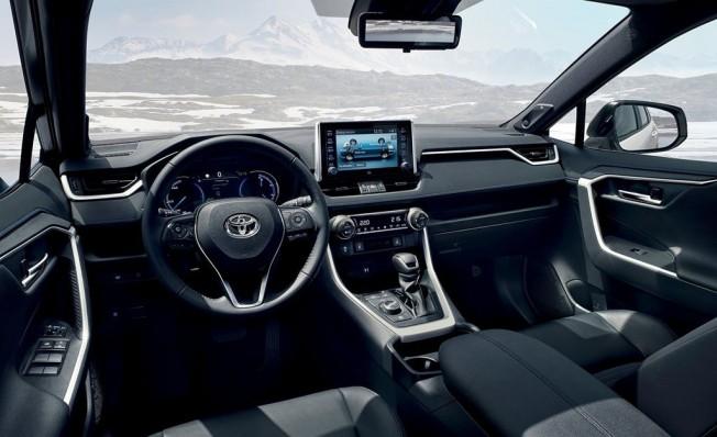 Toyota RAV4 Hybrid 2019 - interior