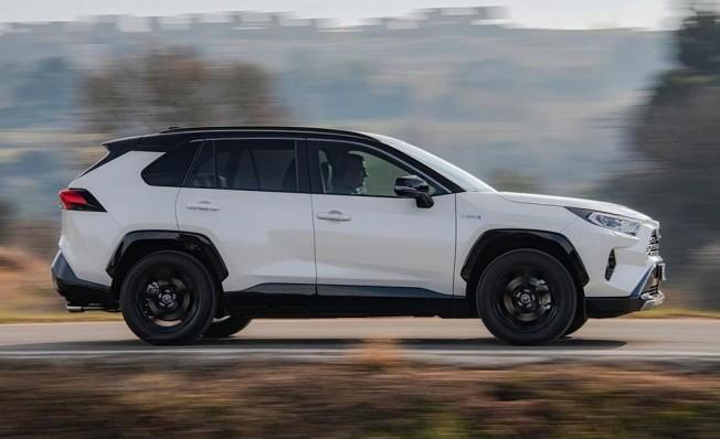 Toyota RAV4 Hybrid 2019 - lateral