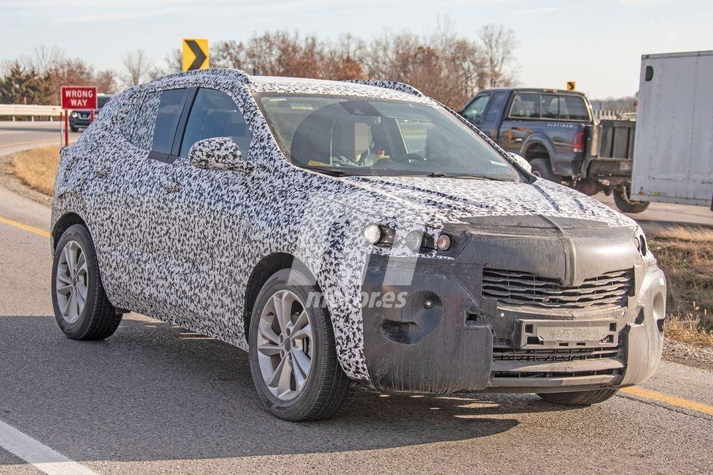 La nueva generación del Buick Encore pierde camuflaje en las pruebas en Estados Unidos