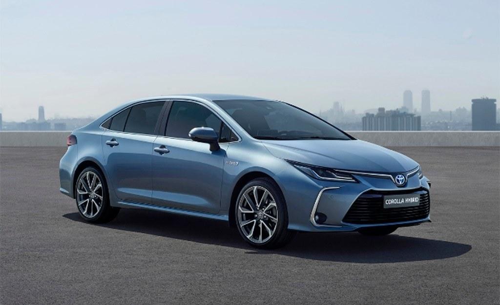 Precios del Toyota Corolla Sedán, la familia del compacto japonés se completa